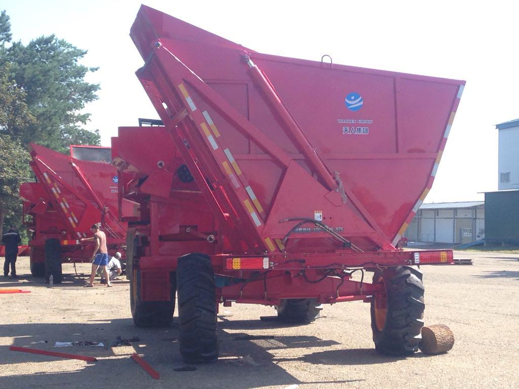 Самоходный кукурузоуборочный комбайн 4YZ-6 (TR9988-6А)